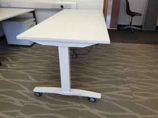 White OMT Height Adjustable Desk