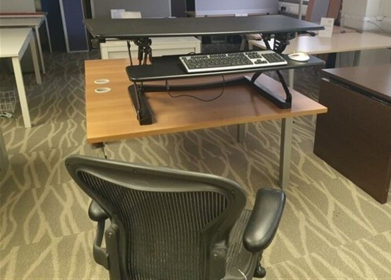 additional images for Yo-Yo Classic Sit Stand Angled Desk Black