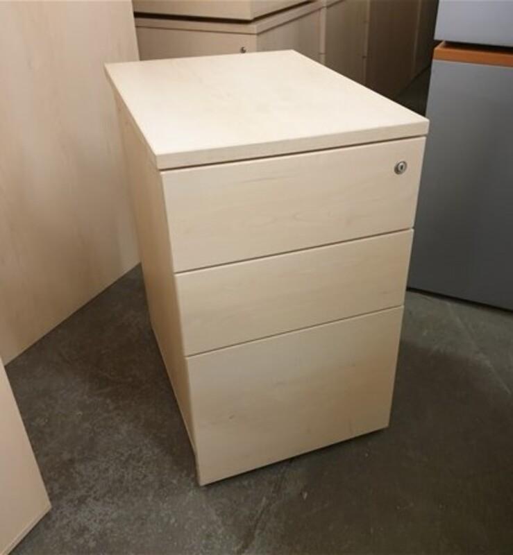 additional images for Maple Desk high pedestal