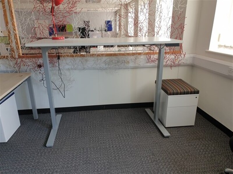 additional images for Electric height adjustable desk