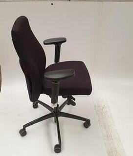 Komac black adjustable chair