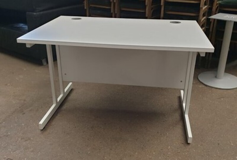 additional images for White 1200w cantilever desk