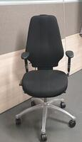 additional images for RH Logic 400 task chair no headrest