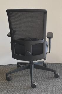 Interstuhl Goal-Air type 2 task chair