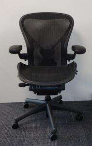 additional images for Herman Miller Aeron with Posturefit