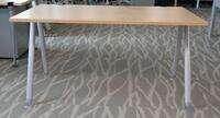 additional images for Senator Core Highland Oak single desks