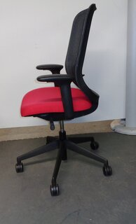 Orangebox DO red and black task chair