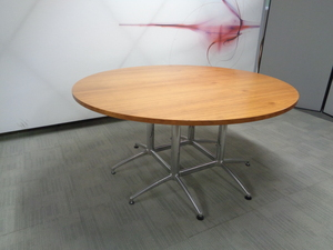 additional images for Circular Oak Boardroom Table