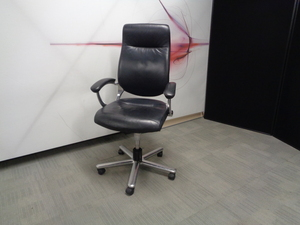 additional images for Girsberger Executive Meeting Chair