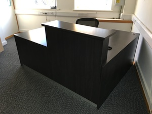 additional images for Dark wood 2000x1600mm L-shaped reception counter