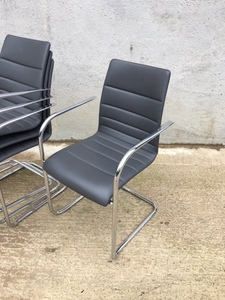 additional images for Graphite leather Brunner Fina Quilt cantilever meeting chair