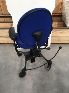Vela Tango 200 Electric Lift Chair