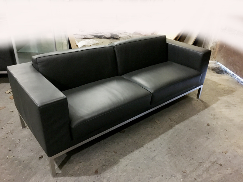additional images for Graphite leather Hitch Mylius hm25 2 seater sofa