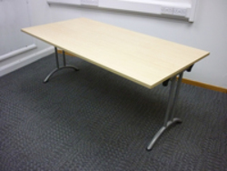 additional images for 1800 x 900mm maple folding leg table CE