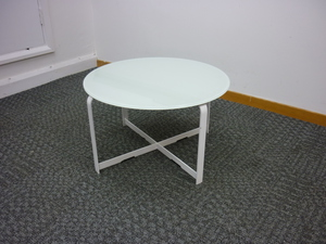 additional images for 600 mm Low white glass top coffee table