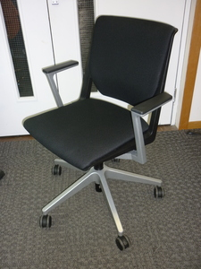additional images for Haworth Very black meeting chair on wheels