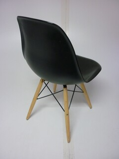 Vitra DSW look-a-like black gloss dining chair