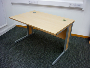 additional images for 1200x800mm beech Narbutas desks