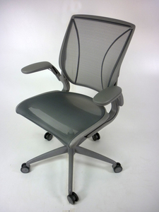 additional images for Light grey Humanscale Diffrient World task chairs