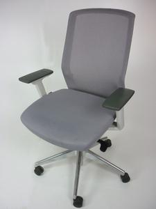 additional images for Bestuhl J1 Task chair in light grey