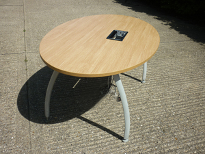 additional images for 1600x1000mm oak Senator Intrigue oval table