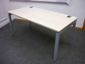 additional images for 1600x800mm maple Gresham desks