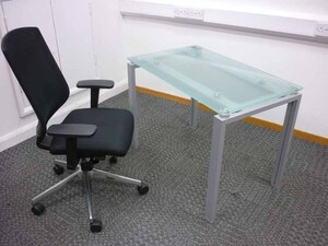 additional images for Frosted glass desks