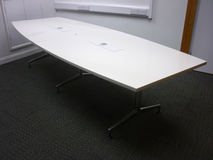 additional images for 3100mm white barrel shape table