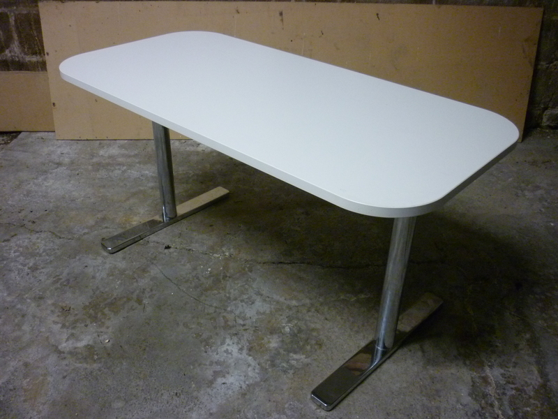 additional images for 1350x650mm white Vitra Alcove table
