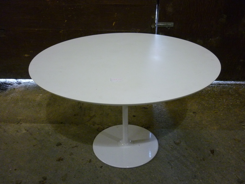additional images for 1200mm diameter white table with white base