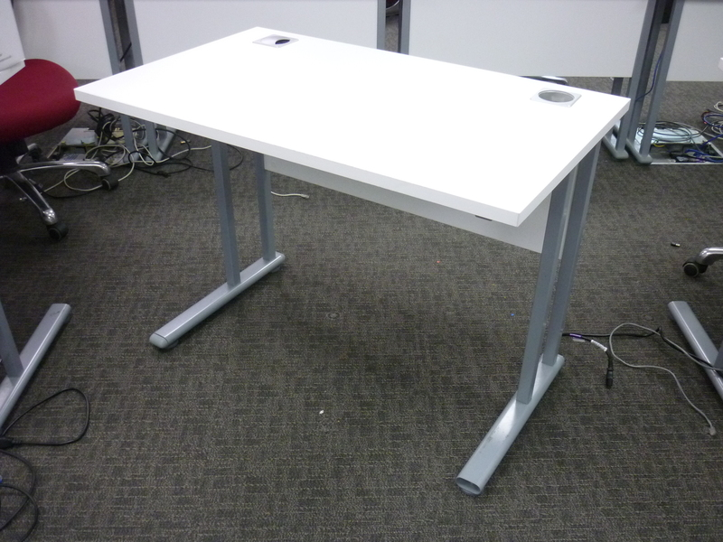 additional images for White 1000x600mm desk