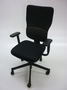 additional images for Steelcase Let's B black task chair