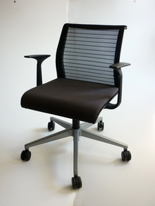 additional images for Steelcase Think brown/black meeting chairs