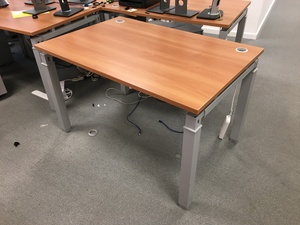additional images for 1200x800mm Mobile Linnea freestanding desks