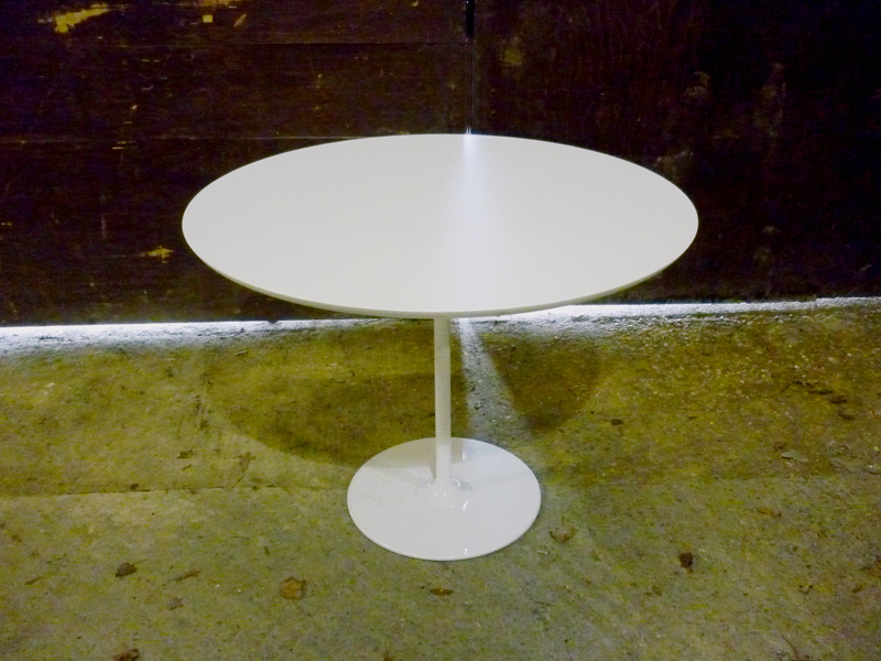 additional images for 1000mm diameter white table with white base
