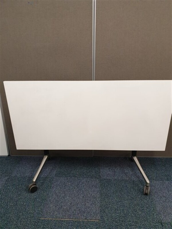 additional images for White Top Black/Polished Chrome Frame Table