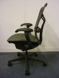 additional images for Herman Miller Mirra chair