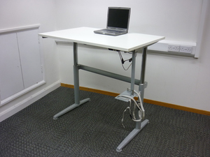 additional images for Electric height adjustable desks, various sizes (CE)