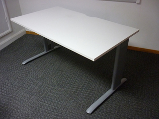 additional images for Task maple trespa 1400w x 800d mm desks CE