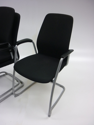 additional images for Kinnarps 5000CV meeting chair (CE)