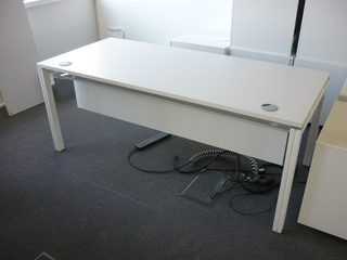 additional images for 1800w x 800d mm Haworth Tibas white top bench desks