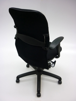 additional images for Black mesh back task chair