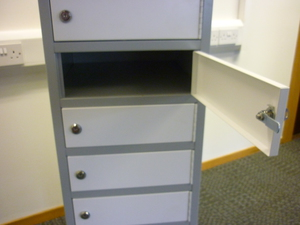 additional images for Grey/white laptop lockers CE