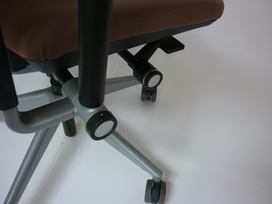 additional images for Steelcase Please v2 in light brown fabric