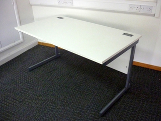 1400w x 800d mm Lee amp Plumpton white desks